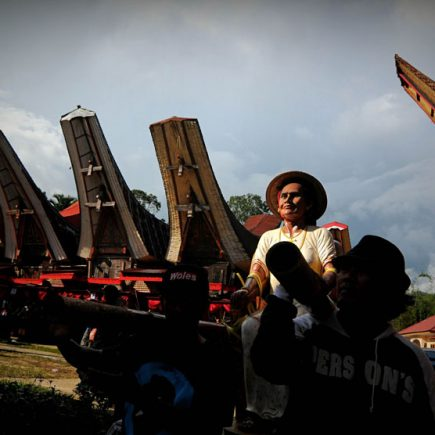 Dari-Unik-Hingga-Mistis-Deretan-Tradisi-Suku-Toraja-Sulawesi-Selatan